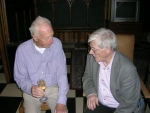 Paul Macken (links) met medebroeder Juliaan Vandekerkhove. Copyright Damiaan Vandaag