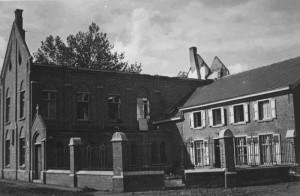 Klooster en geboortehuis 1943 - copyright Damiaan Vandaag