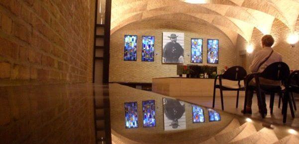 Sint-Antoniuskapel Leuven: geen vieringen, wel open voor gebed bij Damiaan